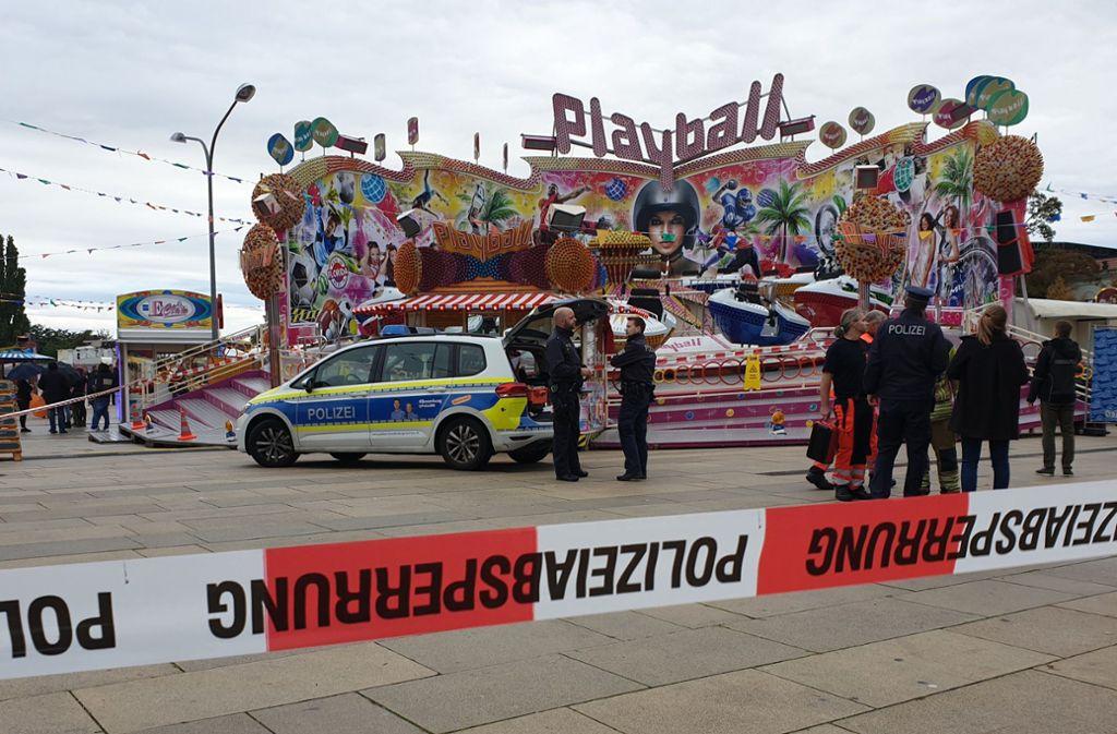 Das Fest wurde nach dem Unglück beendet. Foto: dpa/Julian Stähle