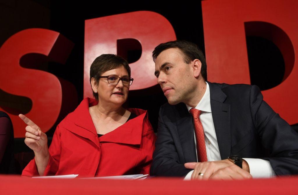 Leni Breymaier und Nils Schmid in Heilbronn: Am Samstag soll Breymaier auf dem Parteitag die Nachfolge von Nils Schmid an der Parteispitze antreten. Foto: dpa