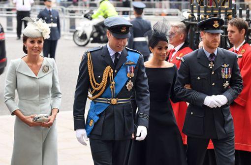 Englische Königsfamilie feiert gemeinsam die Royal Air Force