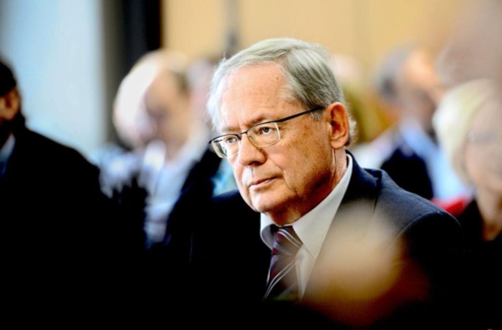Schon im Dezember hatte Ulrich Müller dem CDU-Fraktionschef Peter Hauk übrigens gebeichtet, Vermerke der Fraktion an Mappus weitergeleitet zu haben. Die Historie des EnBW-Deals dokumentieren wir in der Fotostrecke. Foto: dpa