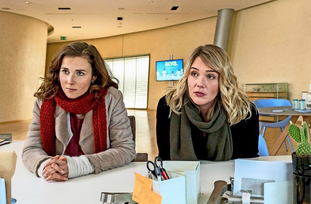 Gorniak (Karin Hanczewski, links) und Sieland (Alwara Höfels) ermitteln. Foto: MDR