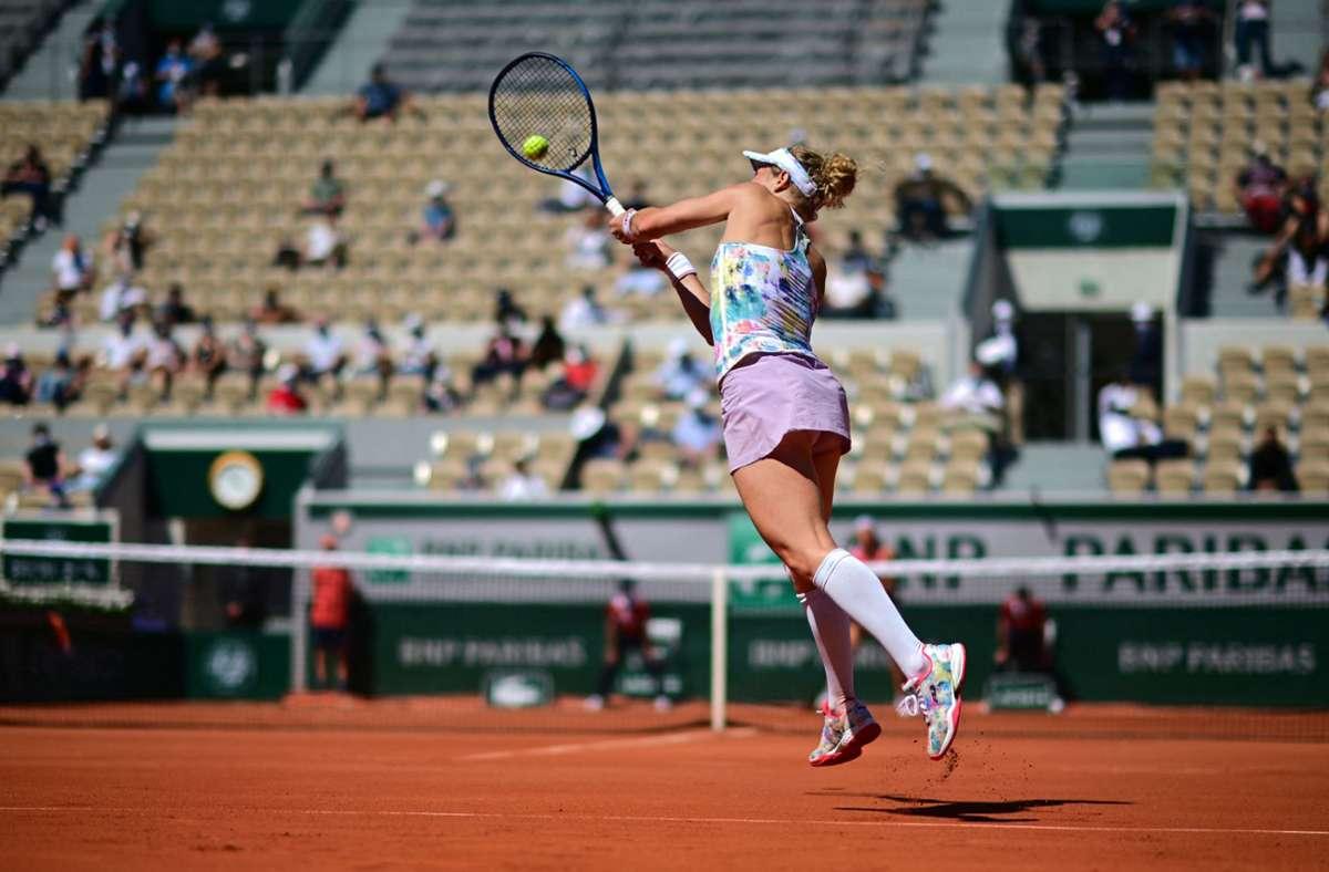 Laura Siegenmund am zweiten Tag der French Open. Foto: AFP/MARTIN BUREAU