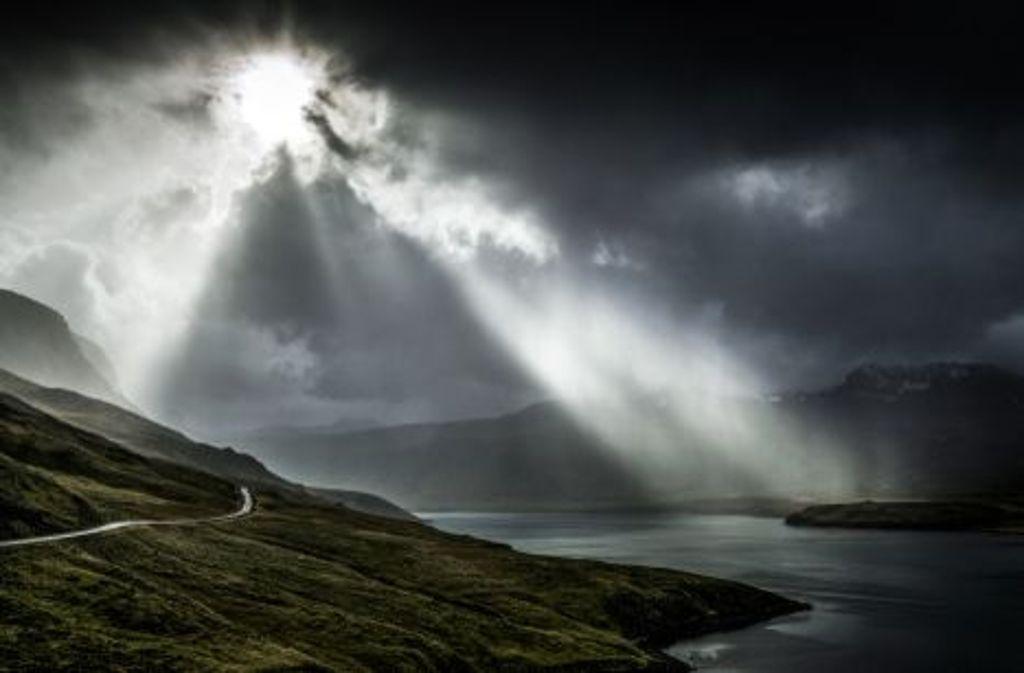 Das Wetter ist in Island der Bestimmer. Insbesondere auf einer Radreise sollte man daher nichts erzwingen. Foto: Shutterstock/schame