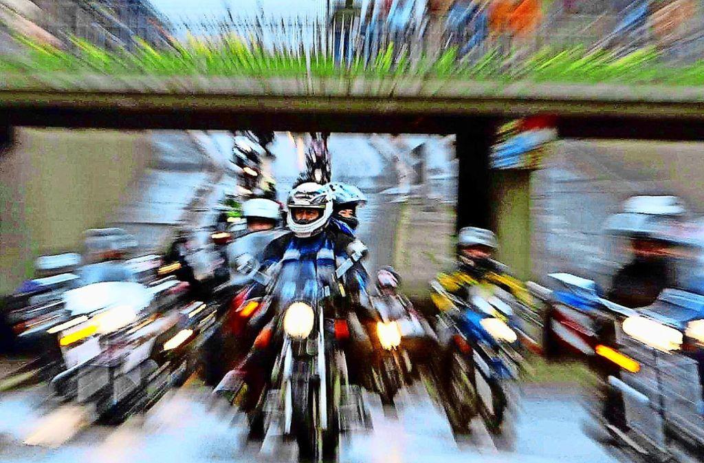 Am Wochenende hat es zahlreiche Unfälle mit Motorradfahrern gegeben. Foto: dpa