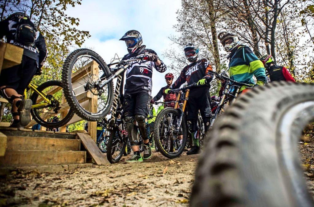 Immer wieder kommt es auf der Downhill-Strecke in Stuttgart-Degerloch zu Unfällen. Foto: Lichtgut/Max Kovalenko
