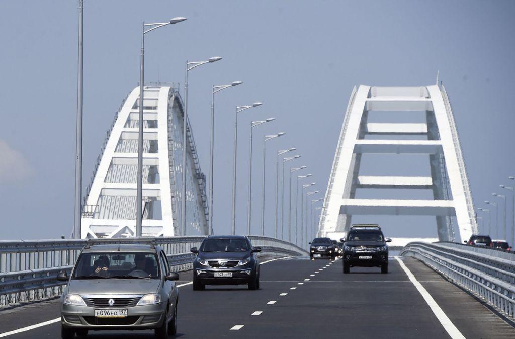 Die Brücke auf die Krim kann über die Zukunft der Halbinsel entscheiden. Foto: AP