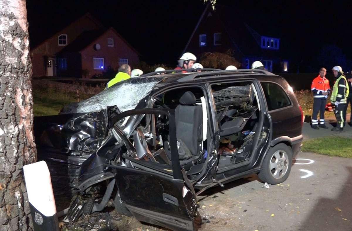 Bei Saterland ereignete sich ein tragischer Autounfall. Foto: dpa