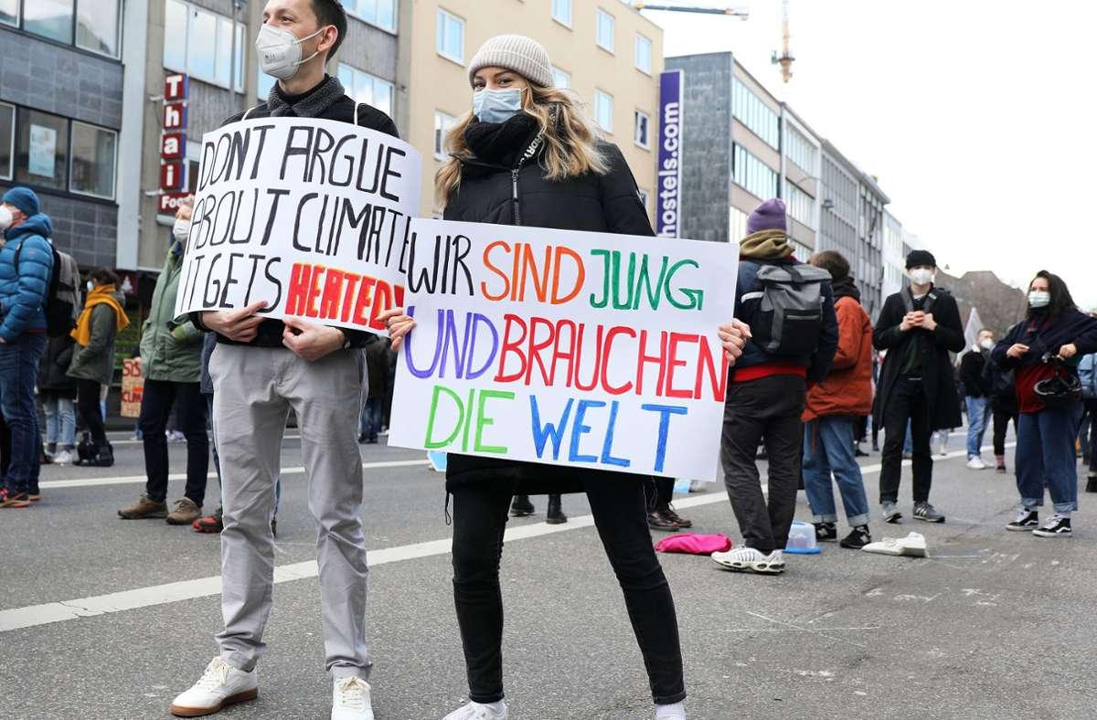 Auf der ganzen Welt haben Aktivisten auf Umweltprobleme aufmerksam gemacht – hier in Köln. Foto: dpa/Oliver Berg