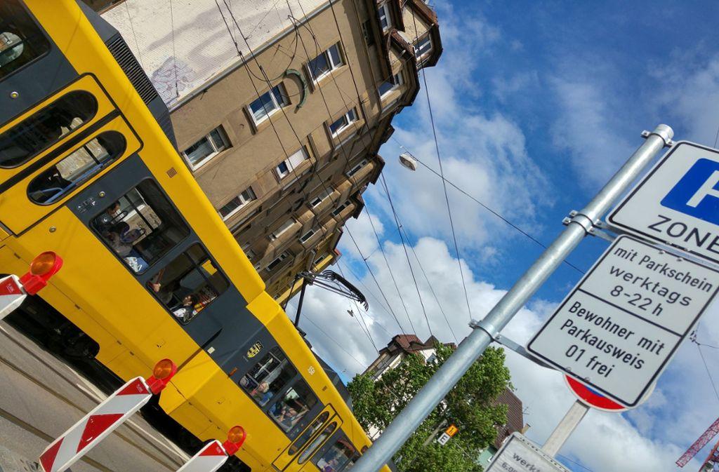 An der Hackstraße in Stuttgart-Ost gelten die neuen Regeln seit 2016. Foto: Jürgen Brand