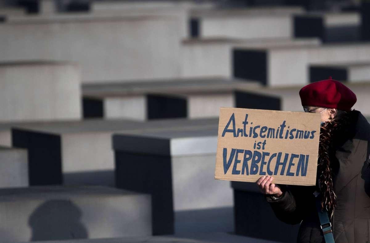 Im Jahr 2020 gab es rund 96 gewaltsame Angriffe auf Juden. (Symbolbild) Foto: imago images/IPON/Stefan Boness/Ipon via www.imago-images.de