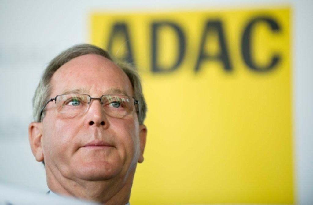 Der Präsident des Autoclubs ADAC, Peter Meyer, schließt auch Fälschungen beim Ranking der Fahrzeuge jetzt nicht mehr aus.  Foto: dpa
