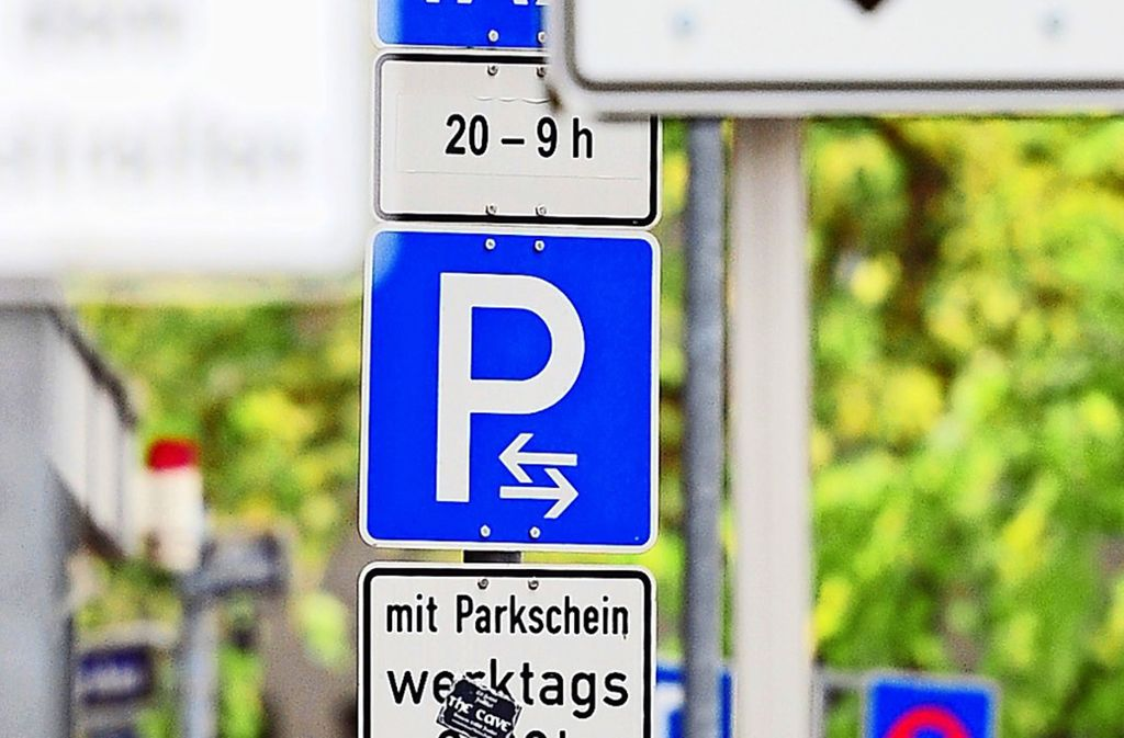 Parkplätze sind auf dem Fasanenhof ohnehin Mangelware. Foto: dpa/Daniel Reinhardt