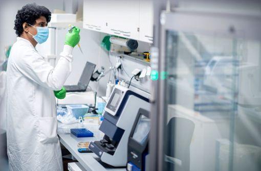 EU sichert sich 300 Millionen Dosen von  Biontech
