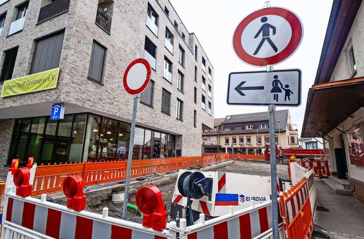 In Gerlingens Ortsmitte sind die Bauarbeiten voll in Gang. Foto: factum/Simon Granville
