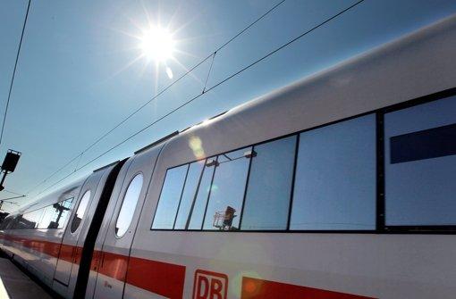 Bahn stellt Ersatzzüge und Busse bereit