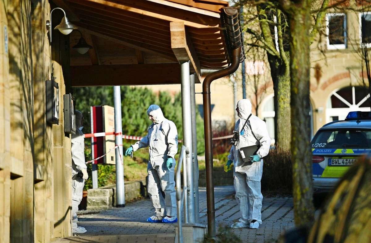 Den Ermittlern bot sich am Tatort ein Bild des Grauens. Foto: dpa/Sebastian Gollnow
