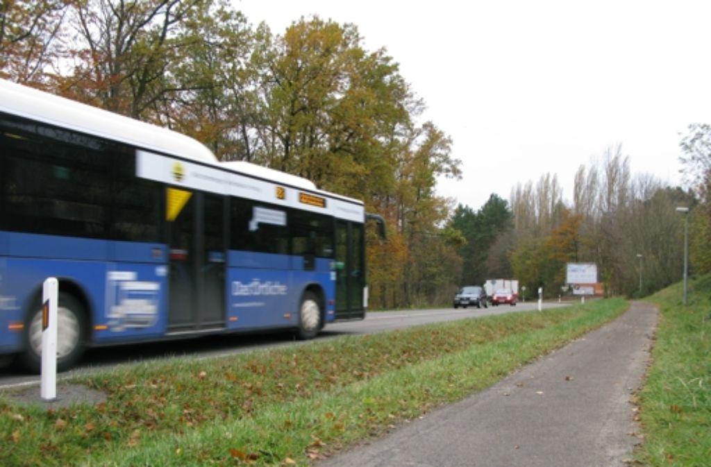 Am Ortsrand von Plattenhardt machen Linienbusse derzeit kehrt. Das will der Teschnische Ausschuss ändern. Foto: Jens Noll