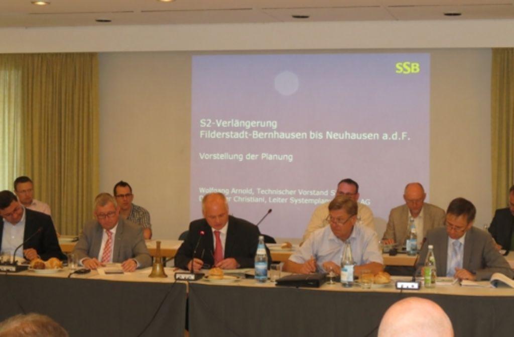 Auch die Filderstädter Stadträte haben sich mehrfach mit den S-2-Ausbauplänen befasst. Foto: Otto-H. Häusser