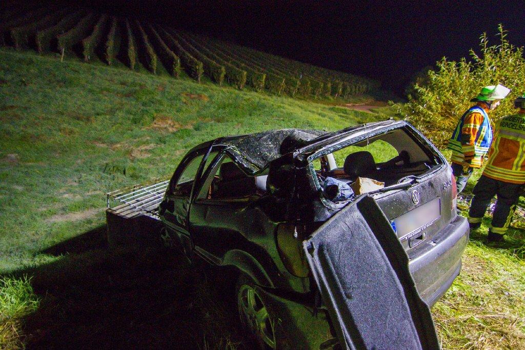 Bei einem Unfall auf der A81 am frühen Samstagmorgen bei Großbottwar ist eine 22-Jährige ums Leben gekommen. Drei weitere Personen wurden verletzt. Foto: www.7aktuell.de   Karsten Schmalz