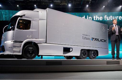 Daimler zieht Lastwagensparte zusammen