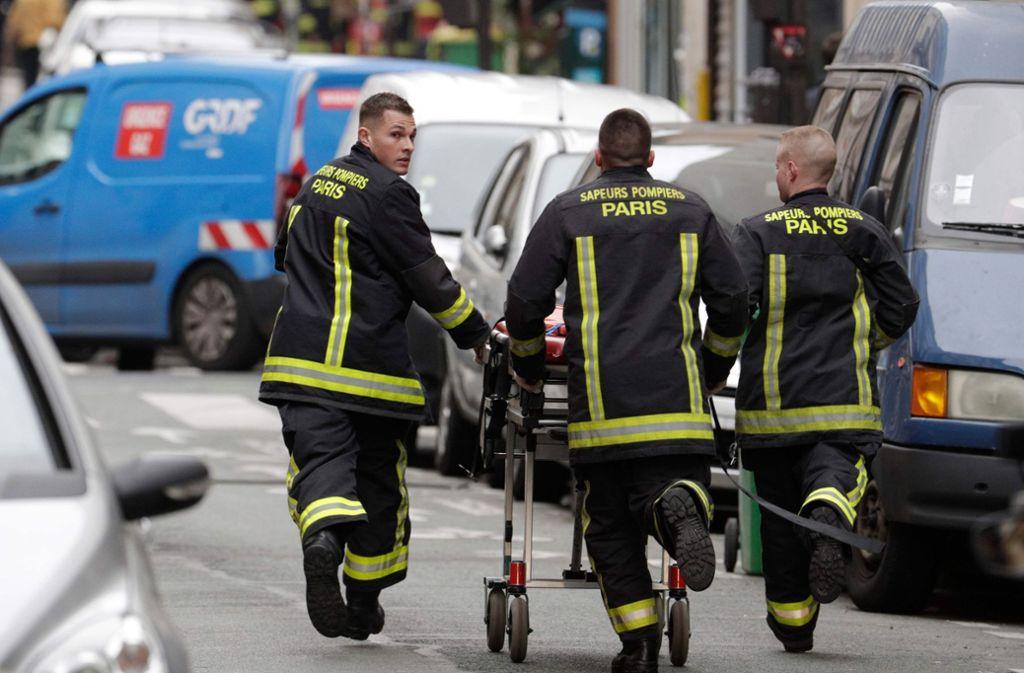 Die Zahl der Toten nach der Explosion in der Pariser Innenstadt hat sich auf drei erhöht. Foto: AFP