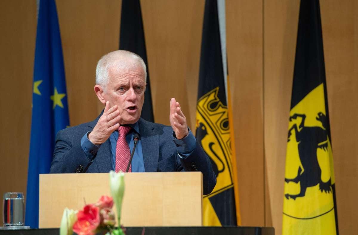 Fordert die Bürger im Lockdown zur Einhaltung der Corona-Regeln auf: Stuttgarts Oberbürgermeister Fritz Kuhn. Foto: LICHTGUT/Leif Piechowski
