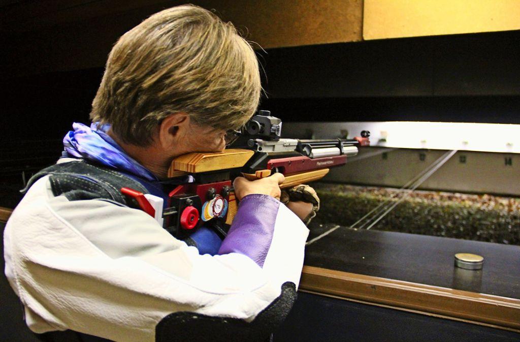 Wer Waffen führt, muss regelmäßig schießen, sonst verliert er die Berechtigung. Foto: Archiv Bernd Zeyer