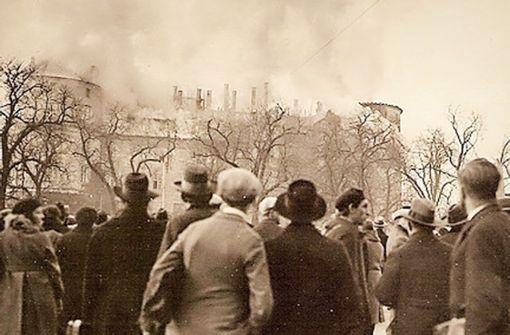 Für elf Tage stand das Alte Schloss  in Flammen