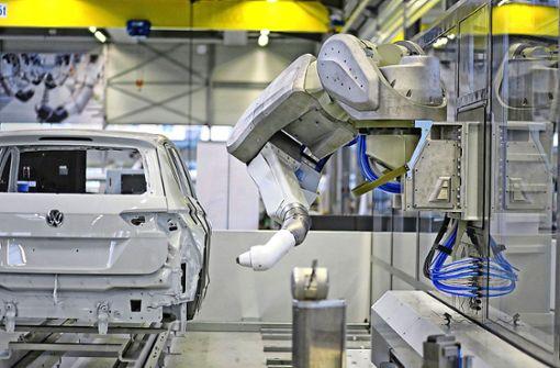 Dürr-Roboter bringt Farbe in die Autowelt