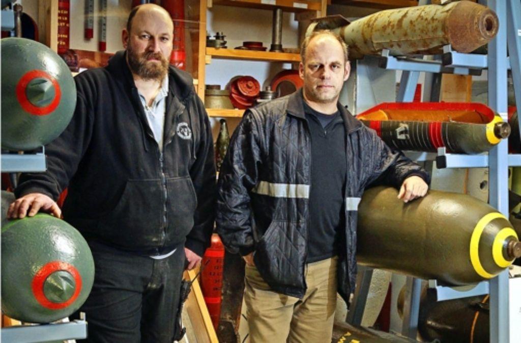 Daniel Kuhn (links) und Christoph Rottner wundern sich, wenn Nachbarn sich nach einer Bombenentschärfung bei ihnen bedanken. Sie stehen ungern im Mittelpunkt. Foto: factum/Granville, Lichtgut/Max Kovalenko