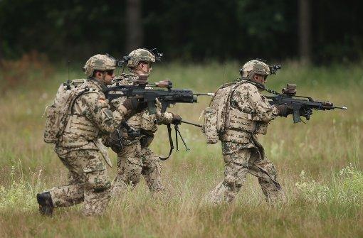 Politik streitet über Einsatz der Bundeswehr