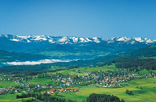 Scheidegg im Westallgäu – Ihr Urlaubs- und Gesundheitsort auf der Sonnenterrasse über dem Bodensee.
