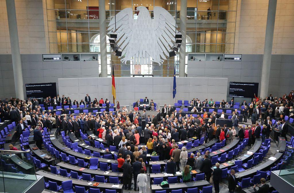 Der Bundestag hat am Freitag ein Gesetz zur Eindämmung der Hass-Kommentare im Netz beschlossen. Foto: dpa