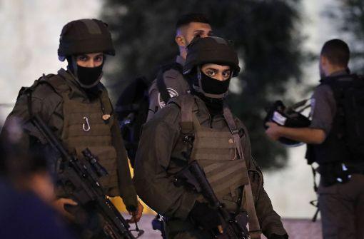Polizistin und drei Attentäter in Jerusalem getötet
