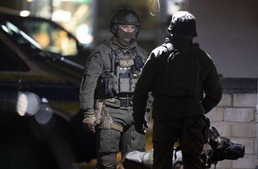 Elf  Tote durch Schüsse an zwei Tatorten - auch Schütze tot