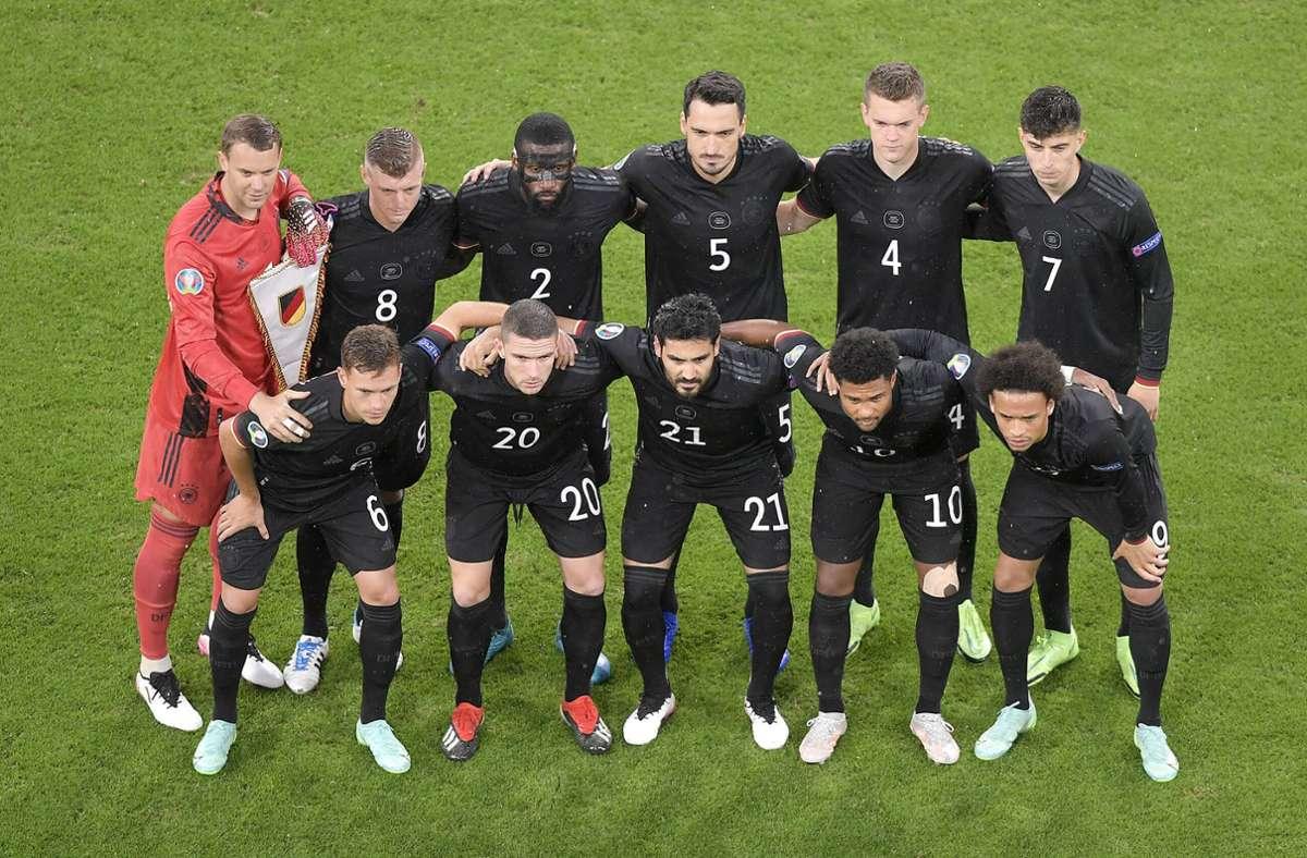 Die deutsche Nationalmannschaft vor dem Spiel gegen Ungarn. Foto: imago images/MIS/via www.imago-images.de