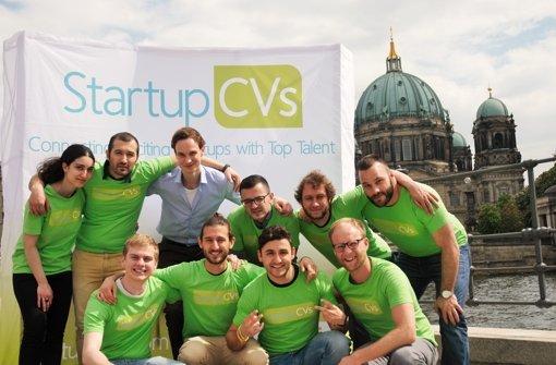 Einmal lächeln vor der Kulisse des Berliner Doms – doch das Start-up-Geschäft in der Hauptstadt ist knallhart.. Foto: Startup CVs