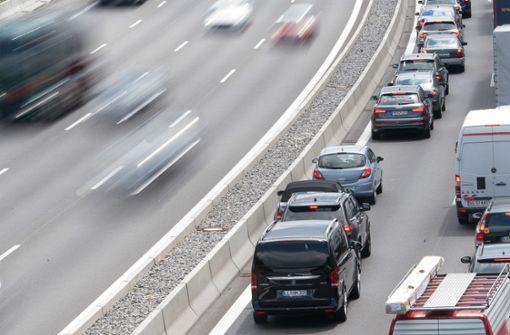 Fahrstreifen nach Auffahrunfall blockiert