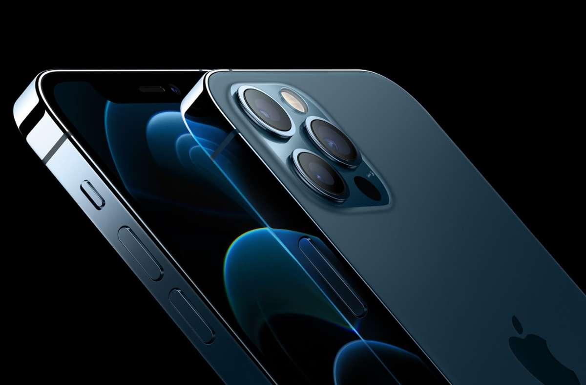 Auch das Topmodell iPhone 12 Pro wird ohne Ladegerät in der Verpackung ausgeliefert. Foto: dpa/Apple
