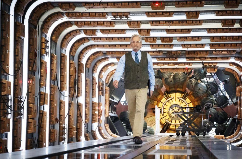 """Insektenforscher, Physiker, Alleskönner: Michael Douglas als Wissenschaftler Hank Pym in """"Ant-Man and the Wasp"""". Foto: Verleih"""