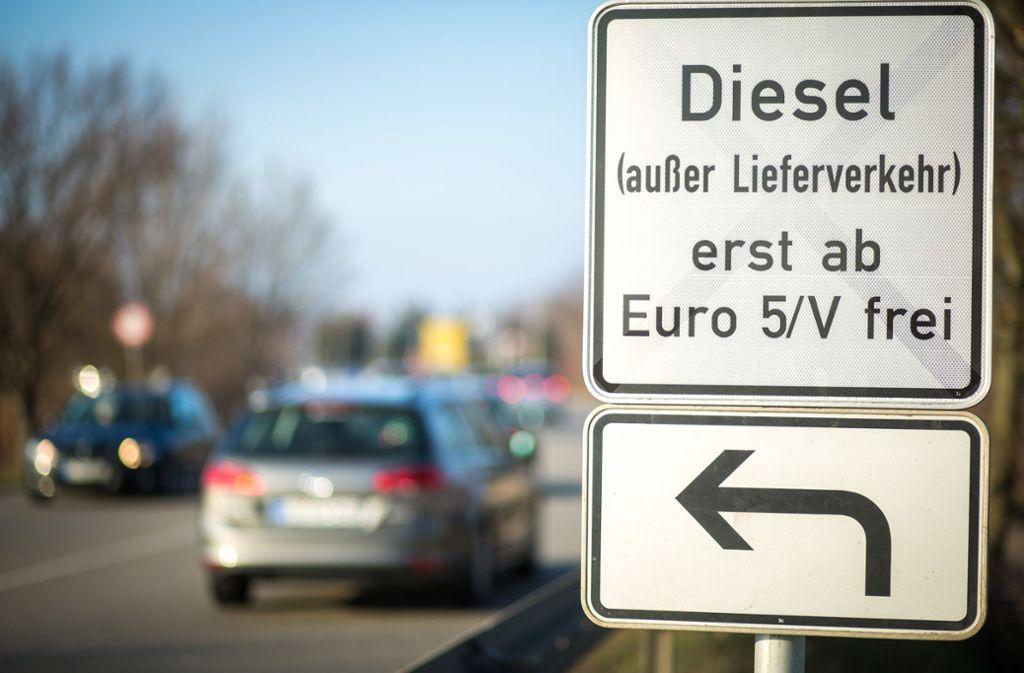Bald endet die Übergangszeit zum Diesel-Fahrverbot in Stuttgart. Foto: dpa