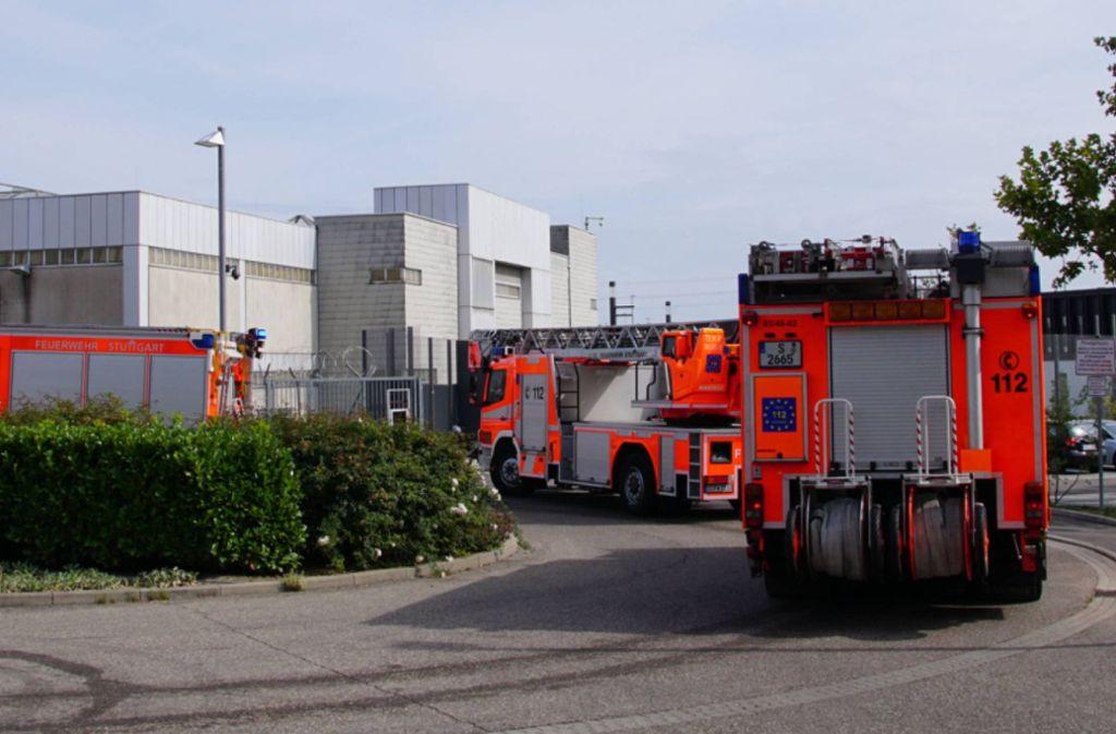 Die Feuerwehr musste nach einem Brand in einer Haftzelle nach Stammheim ausrücken. Foto: 7aktuell.de/Andreas Werner