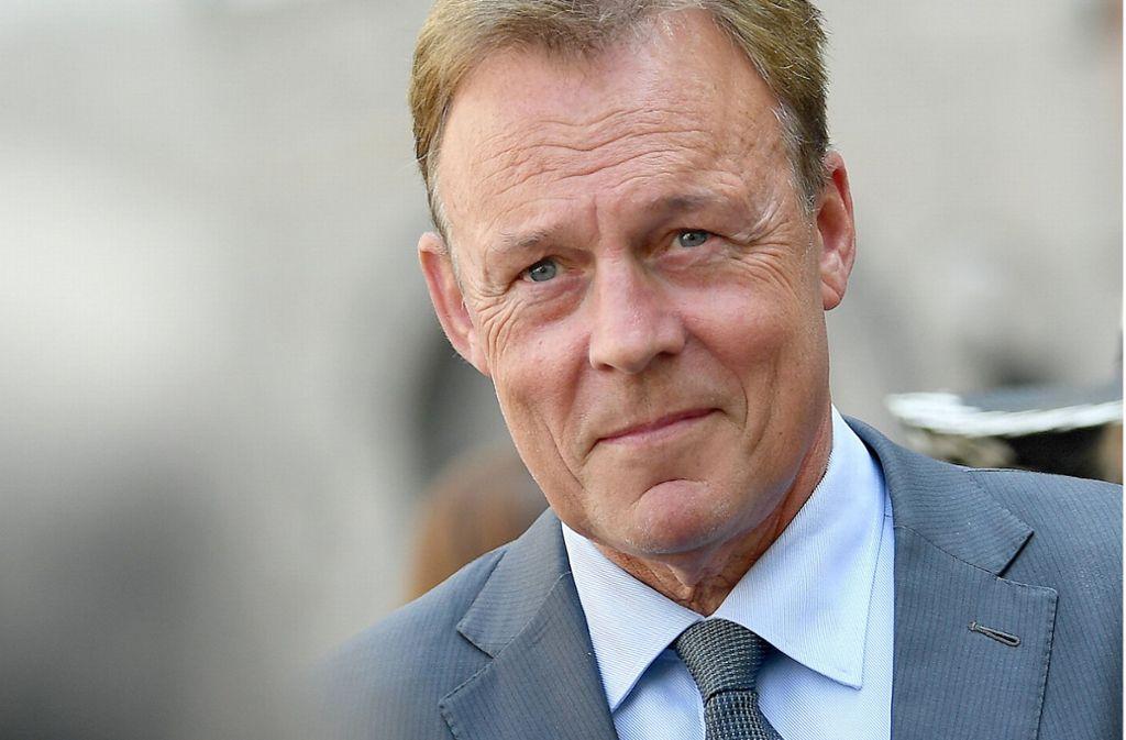 Bundestagsvizepräsident Thomas Oppermann fordert den Rücktritt als Innenminister von Horst Seehofer. Foto: ZB