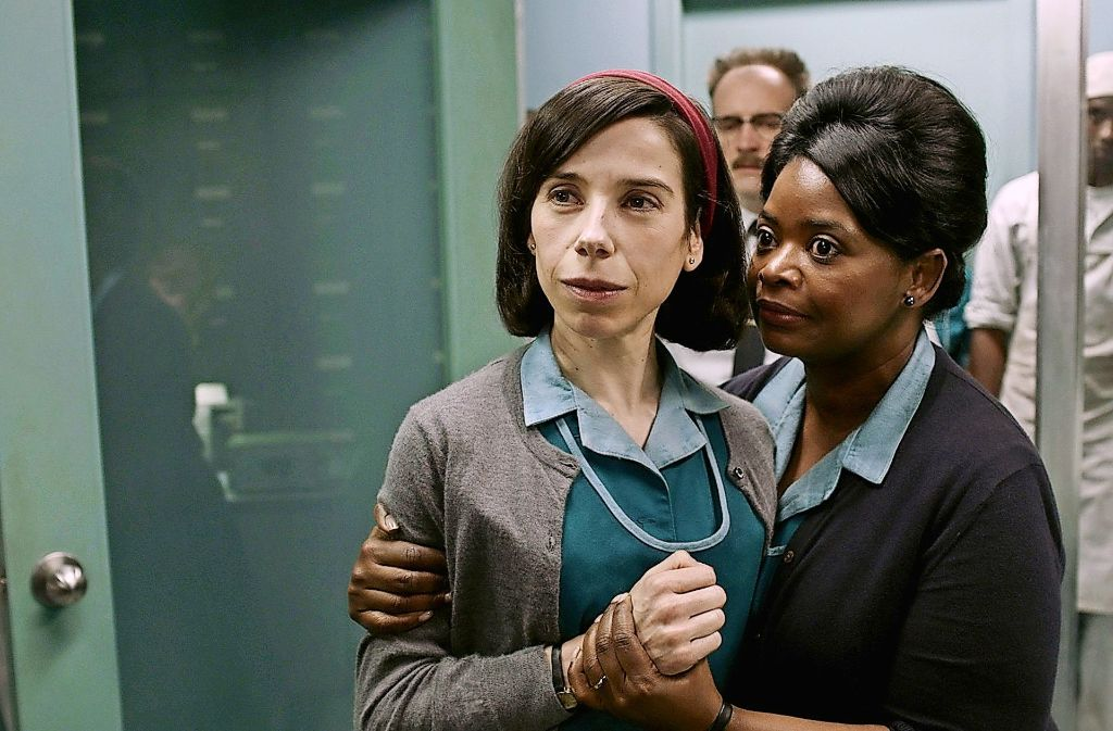 """Sally Hawkins (links) und Octavia Spencer in """"The Shape of Water"""" Foto: Fox Searchlight Pictures"""
