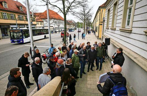 Viele Zweifel am ersten Schnellbus in Deutschland
