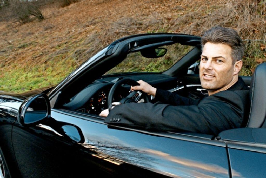 Schwabens Schwarzenegger im Cabrio. Foto:Joachim Lenk