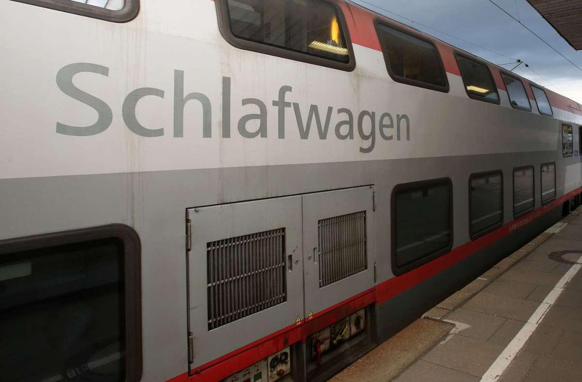 Möglicherweise gibt es bald einen Nachtzug von Frankfurt nach Barcelona. (Symbolbild) Foto: dpa/Bodo Marks