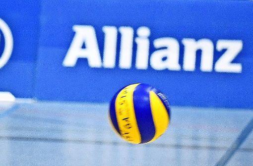 Die Allianz-Volleyballer  spielen in der zweiten Bundesliga. Die Vereinsvorsitzende Heidemarie Haas ist überzeugt, dass dem Versicherungskonzern viel an einer Zukunftsperspektive für den Sport liegt. Foto: Tom Bloch