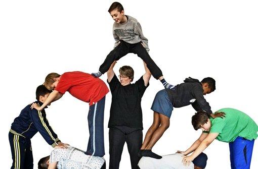 Akrobatik hebt die Selbstsicherheit