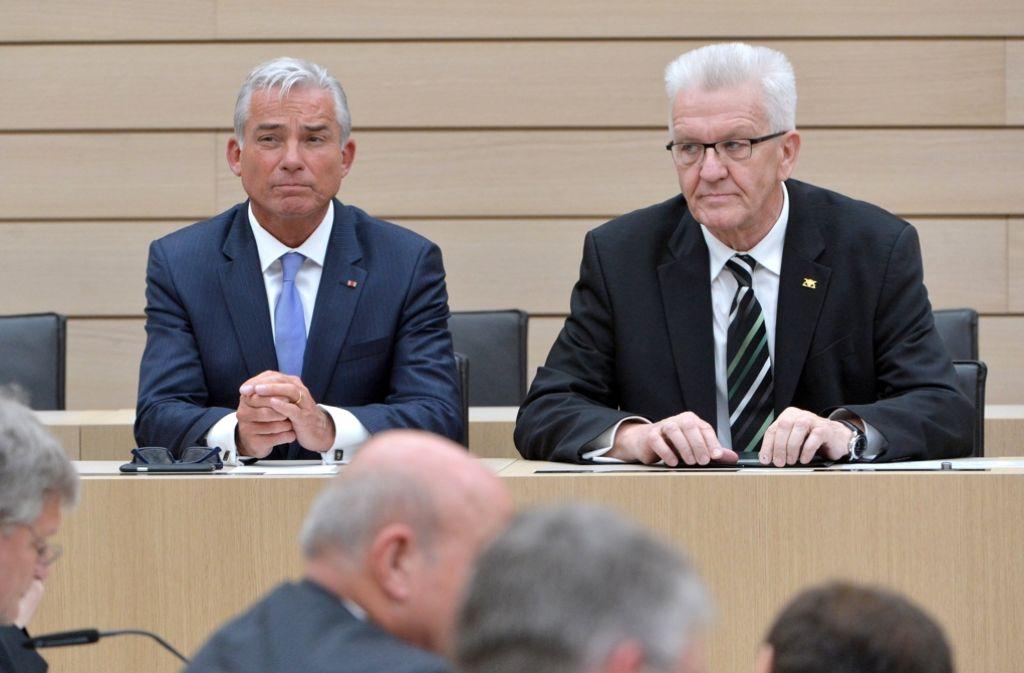 Ministerpräsident Winfried Kretschmann (rechts) und sein Stellvertreter Thomas Strobl besetzen jetzt die Spitzenposten der Verwaltung neu. Auch bei den Regierungspräsidenten wird es Änderungen geben. Foto: dpa